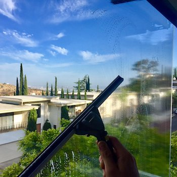 LA Elite Window Cleaning | Cleaning Window